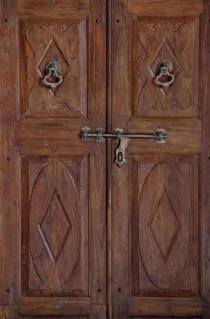 דלת הודית מפירוק