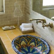 כיור אמבטיה מקסיקני אובלי אליפטי מעוטר