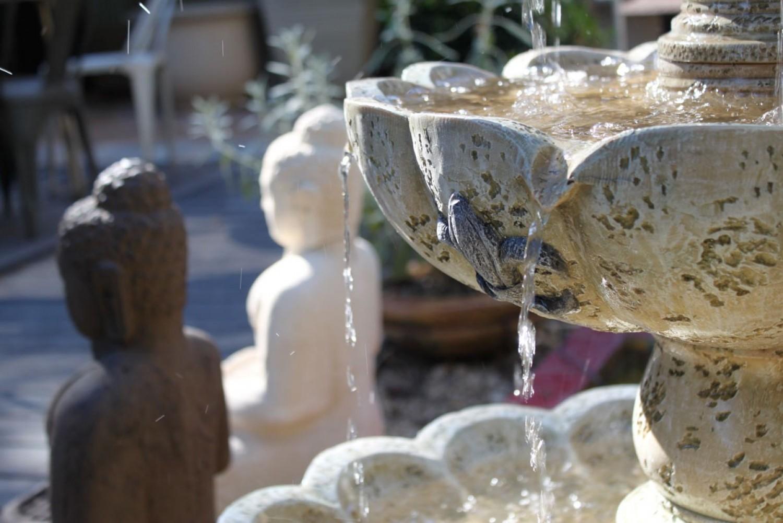 אלמנט מים מאבן