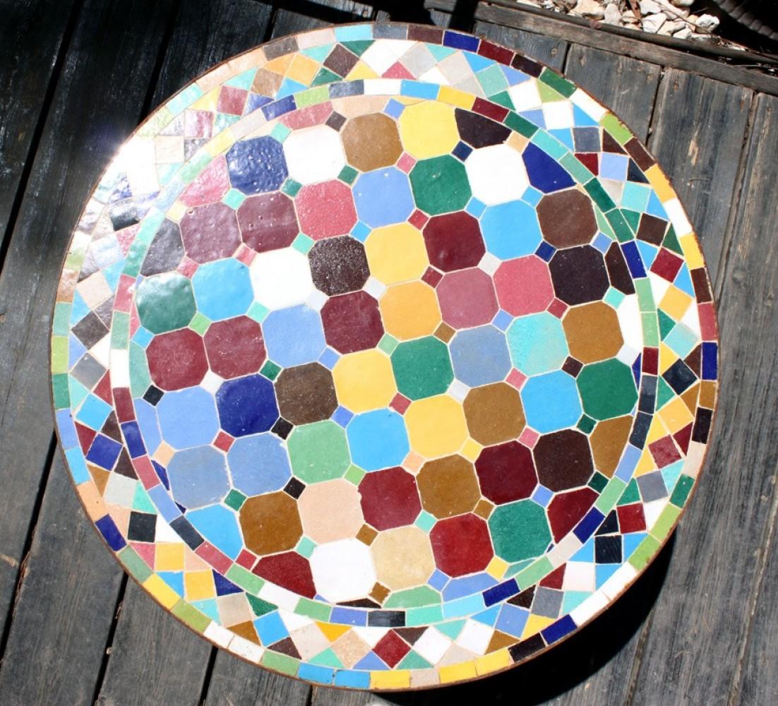 שולחן פסיפס עגול צבעוני