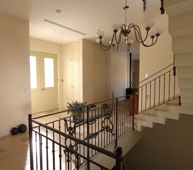 חדר מדרגות מפואר