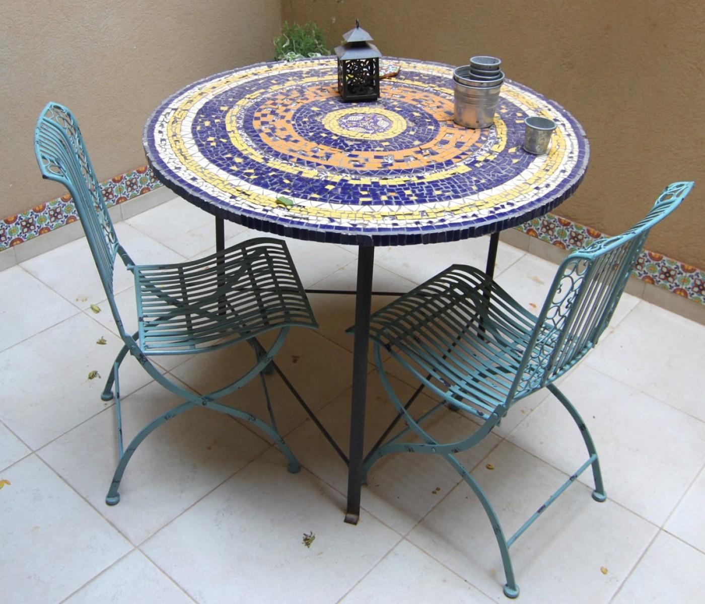 כסאות גן צבעוניים