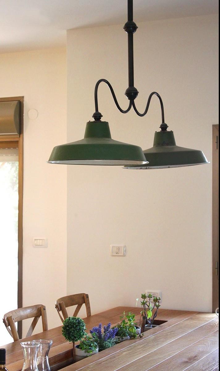 מנורת ביליארד ירוקה