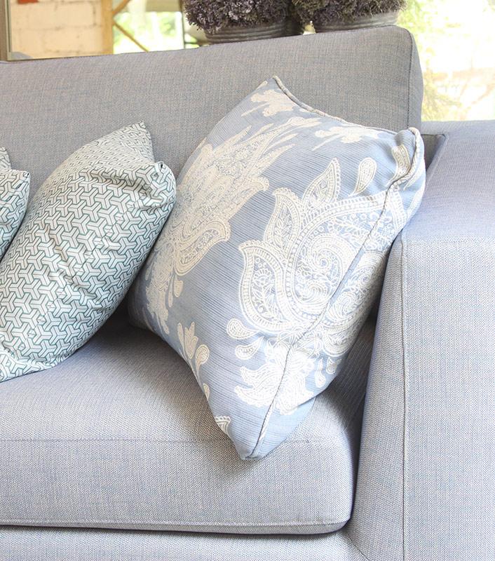 sofa-lightblue2