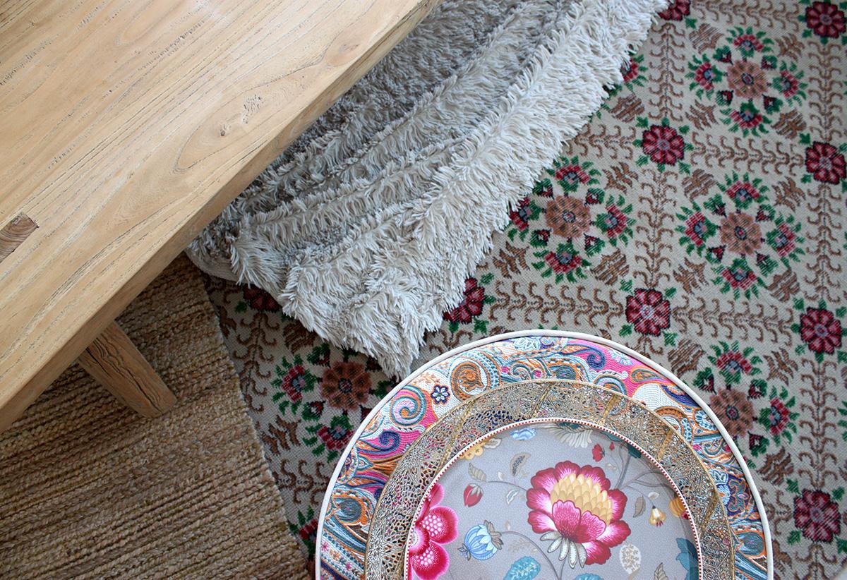 שטיח פרחוני