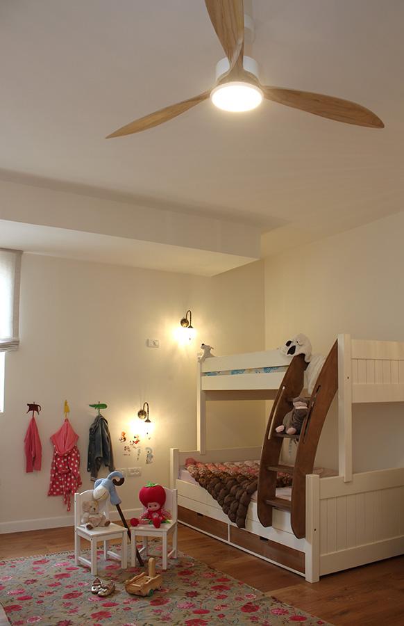 מאוור תקרה לחדר ילדים
