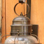מנורה לחוץ הבית