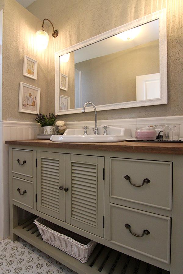ארון אמבטיה למקלחת הורים
