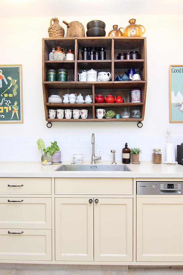 ארון קיר פתוח למטבח
