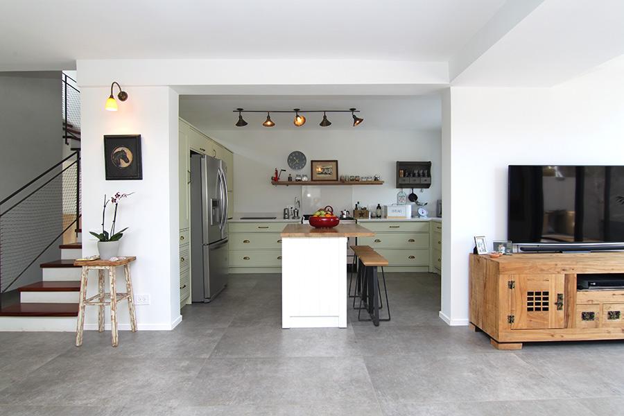 תאורה צמודת תקרה למטבח