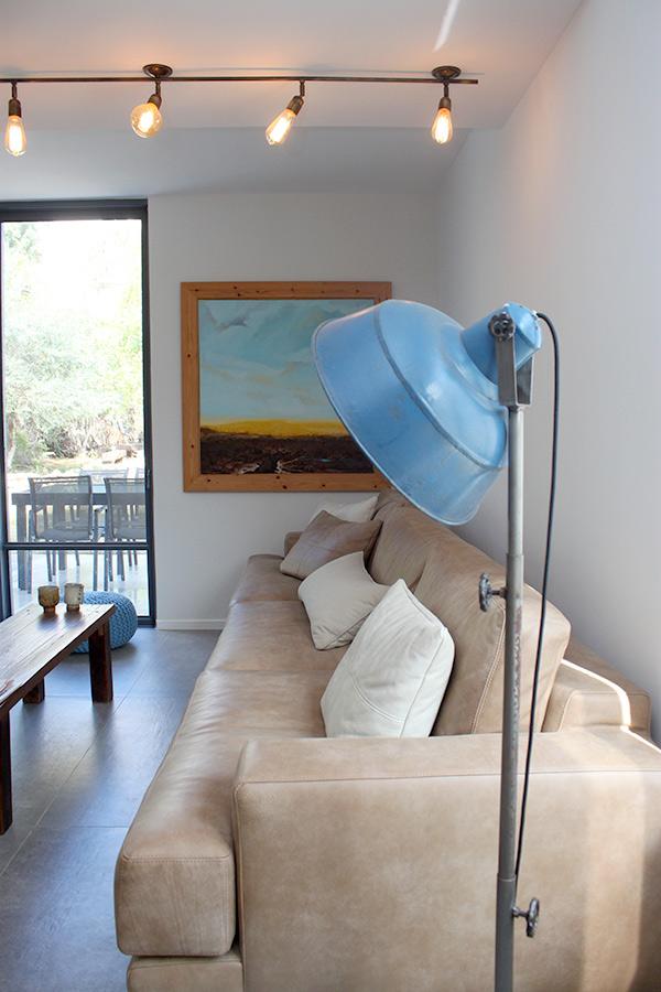 מנורה עומדת וינטג׳