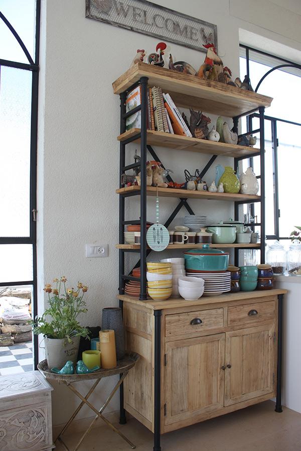 ארון מדפים למטבח