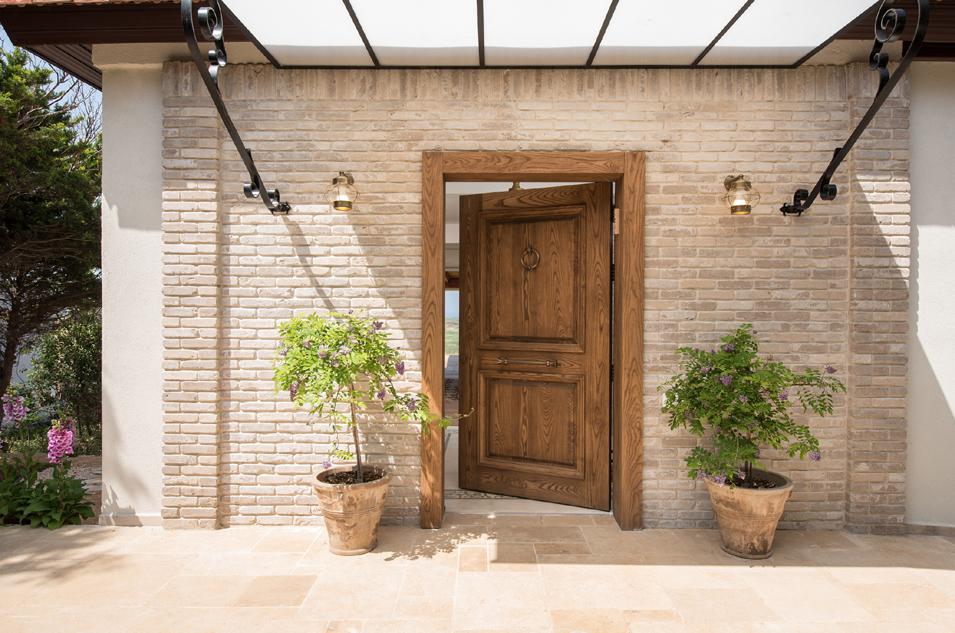 דלת-כניסה