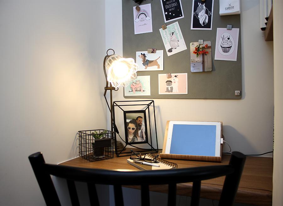 מנורת שולחן מפליז
