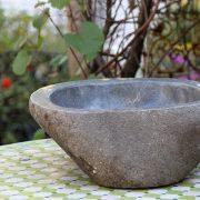 כיור מאבן הבזלת