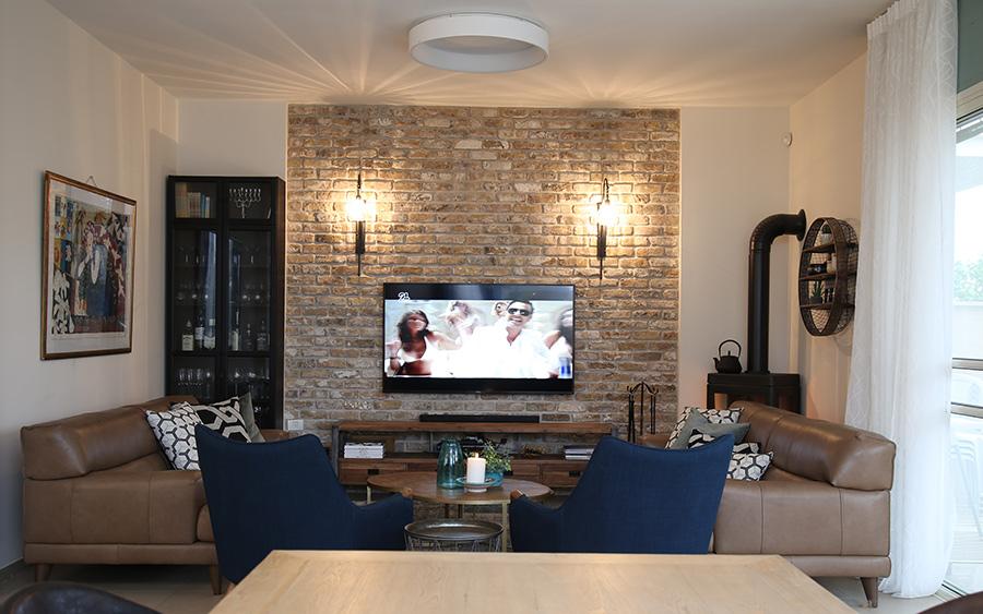 תאורת קיר לסלון