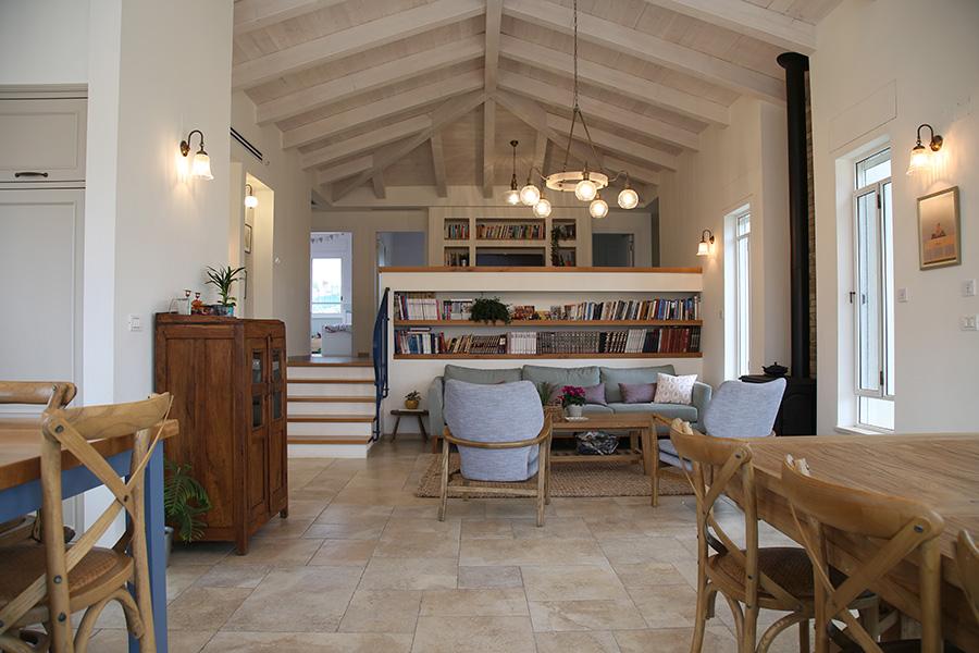 חדר מגורים כפרי