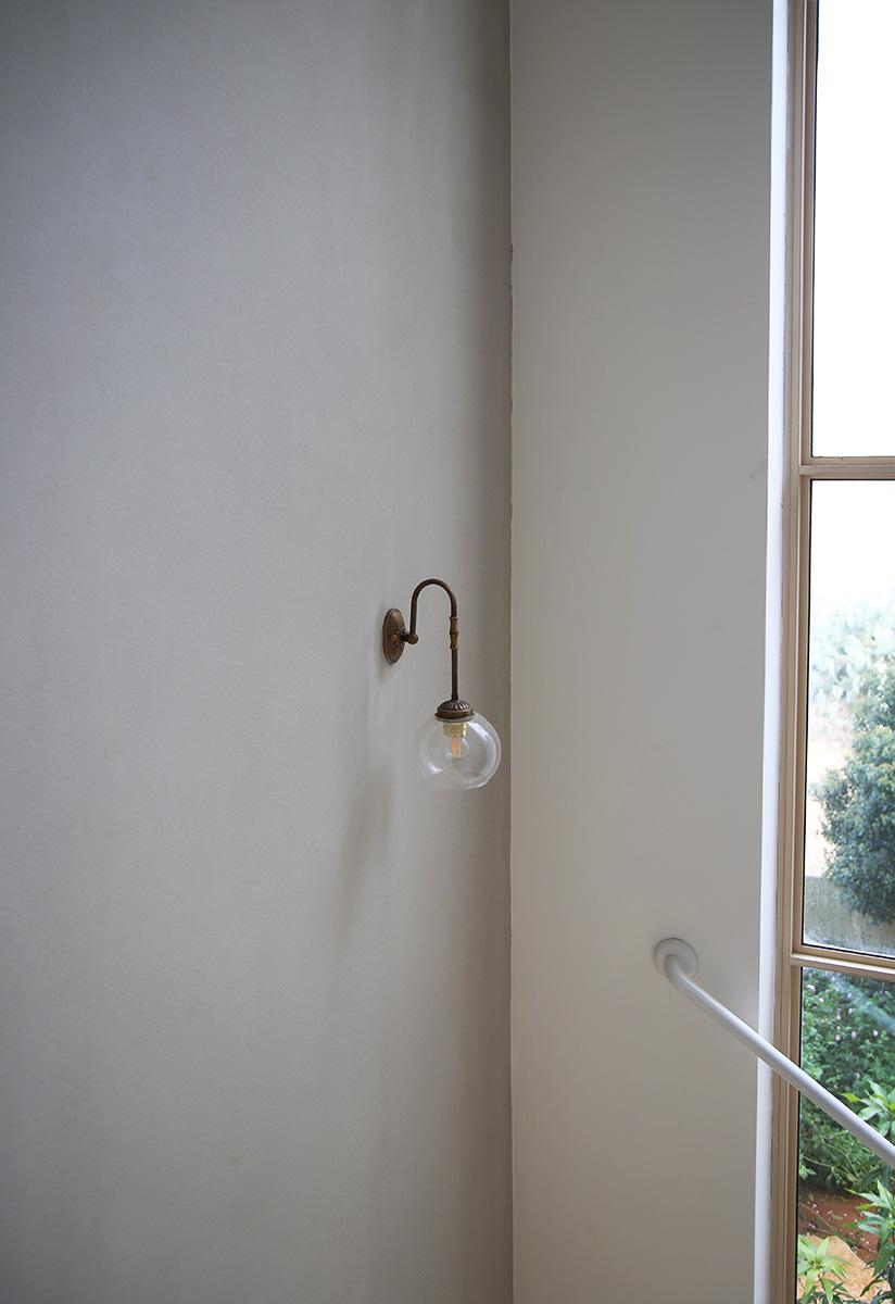 גופי תאורה לחדר המדרגות