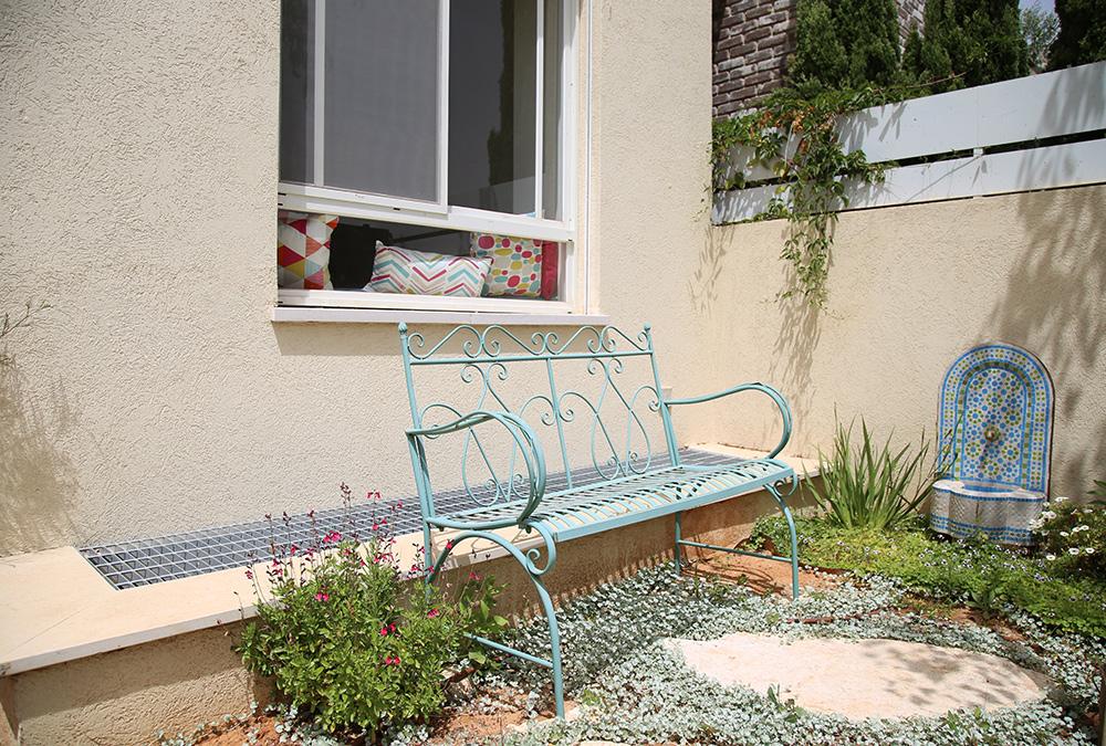 ספסל ברזל לגינה