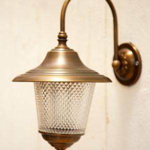 מנורת גינה