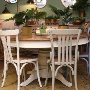 כסאות פסים לפינת אוכל