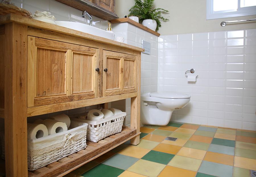 שידת אמבטיה סולם טבעי