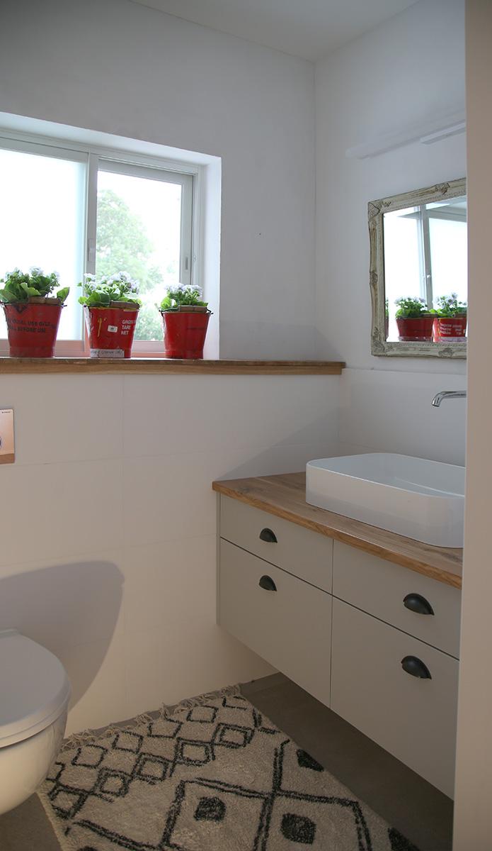 פרטי אקססוריז לחדר אמבטיה