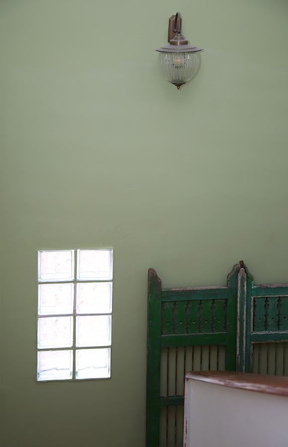 שער וינטג׳ מעץ ממוחזר