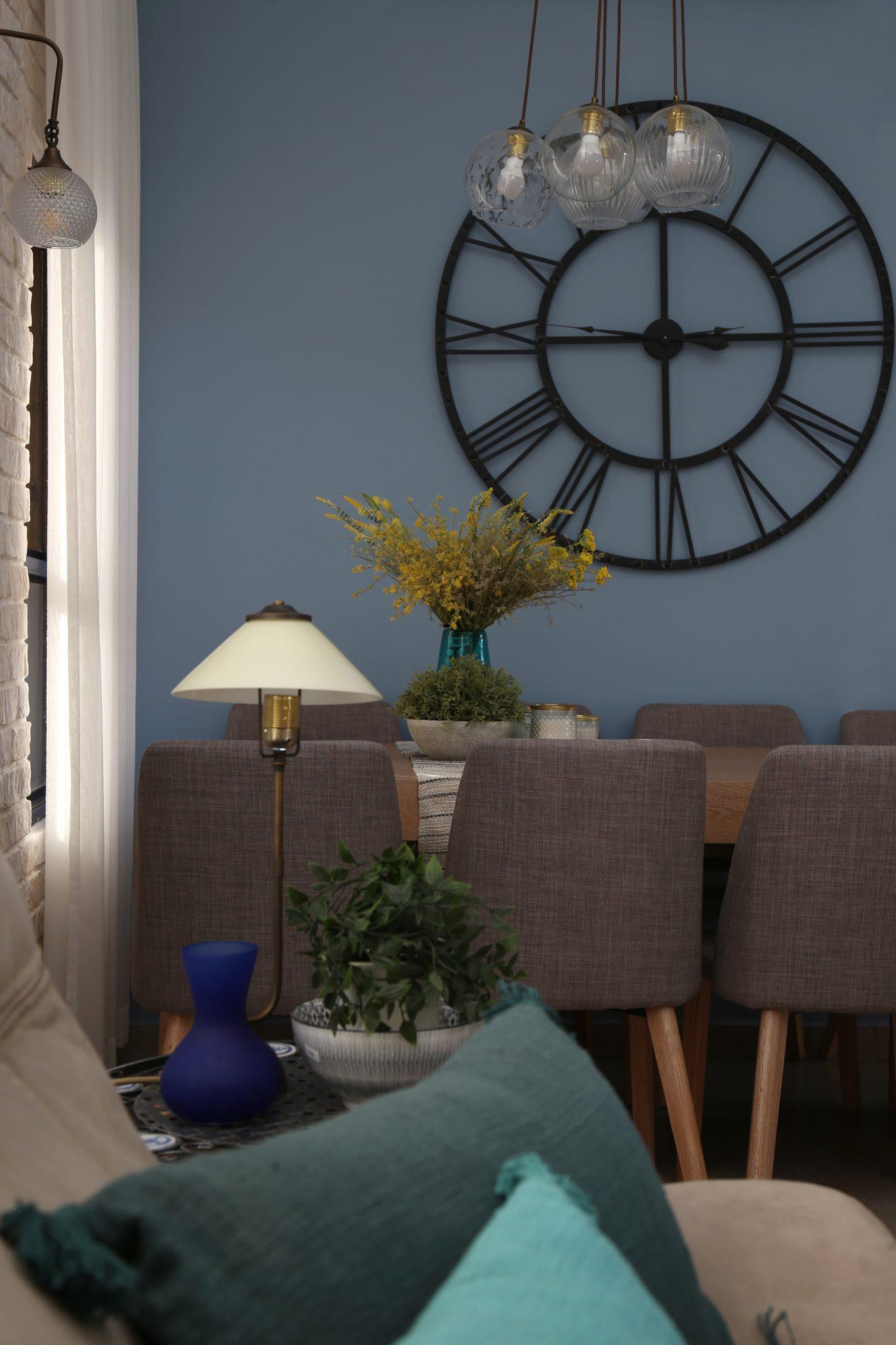 מנורת שולחן קלאסית לסלון