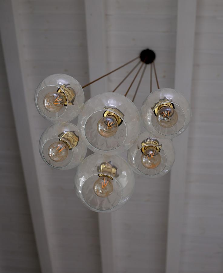 בוקה 6 זכוכיות עם כדור שקוף קוטר 20 ו25 סידור כבל חום (בית כפרי בקיבוץ)