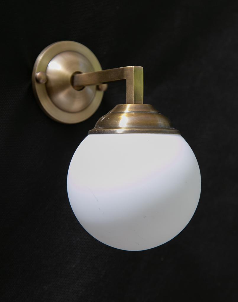 זרוע דגם מורי עם כדור לבן סגור קוטר 12