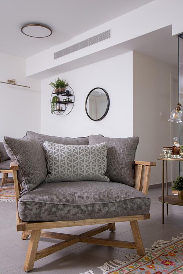צמוד תקרה עגול מסגרת פליז קוטר 60 (דירה חמה בקו נקי ומודרני)