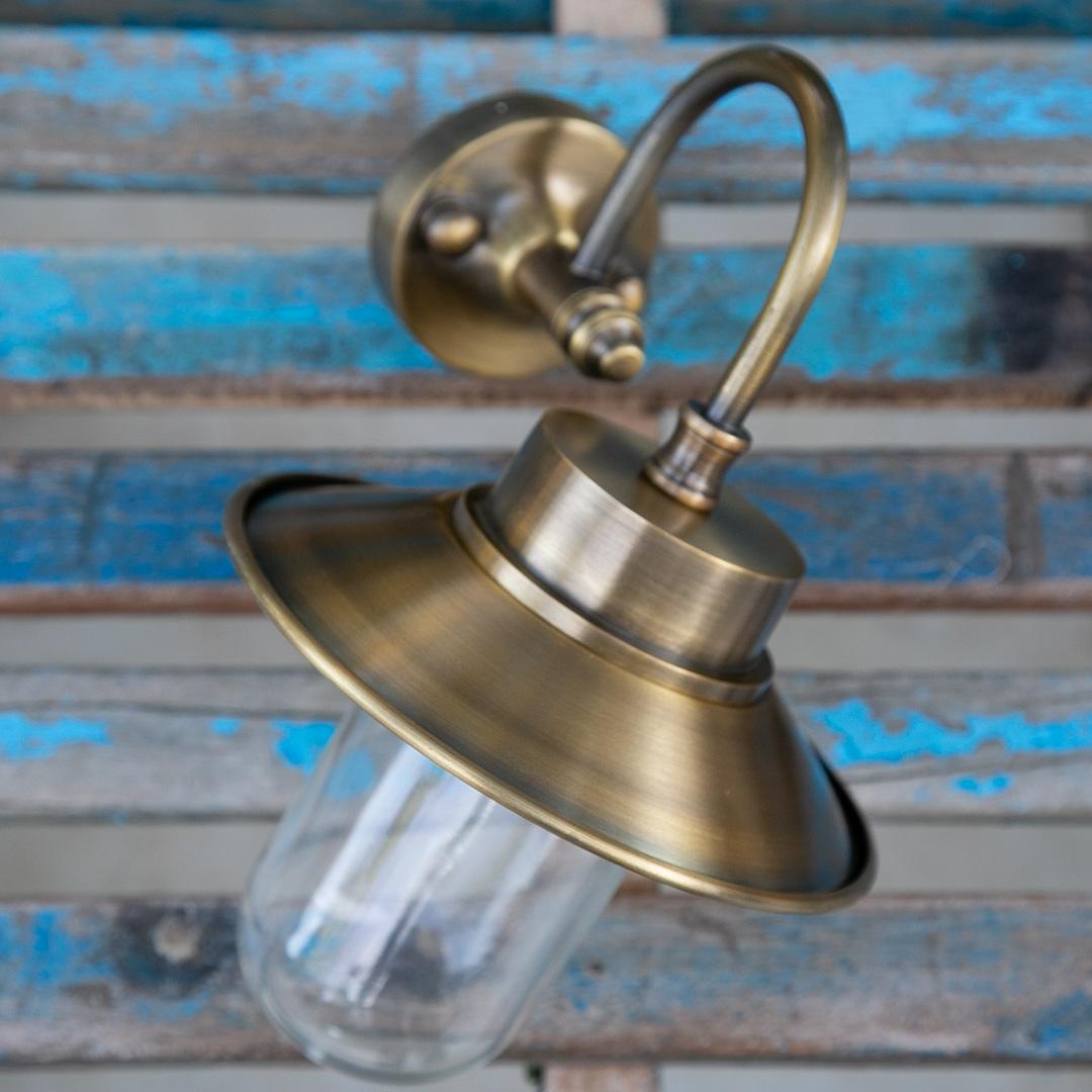 מנורת חוץ פליז דגם 1111