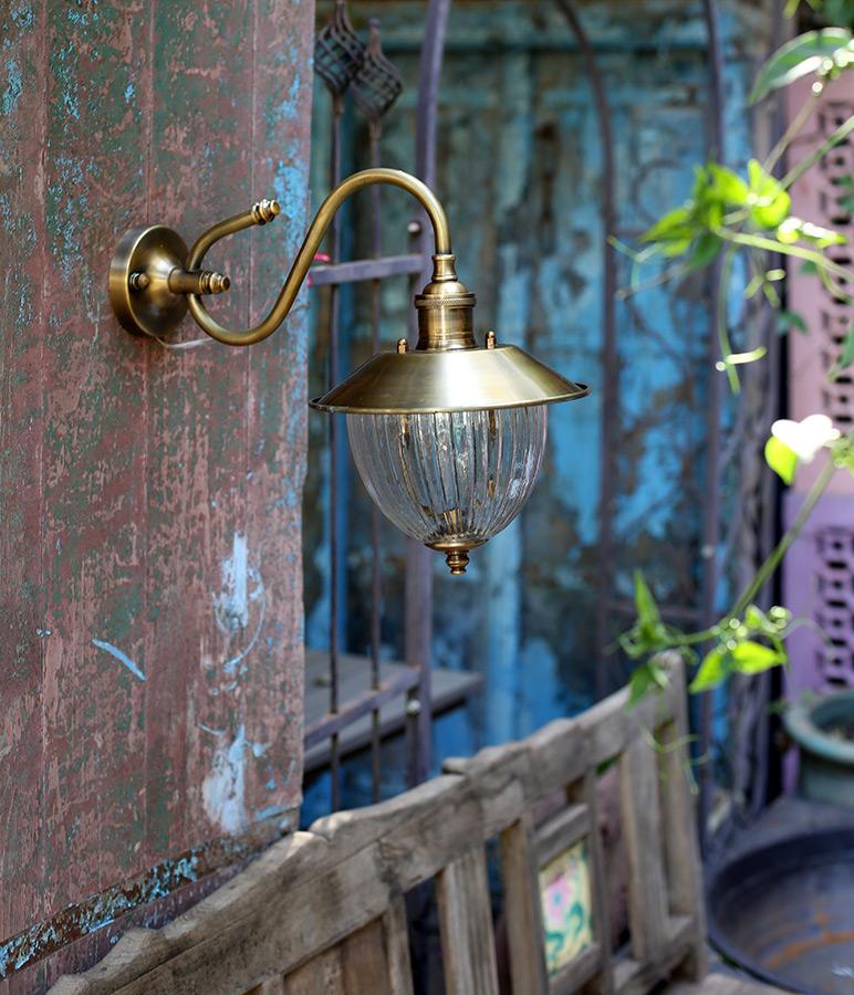 מנורת קיר חוץ פליז דגם B10