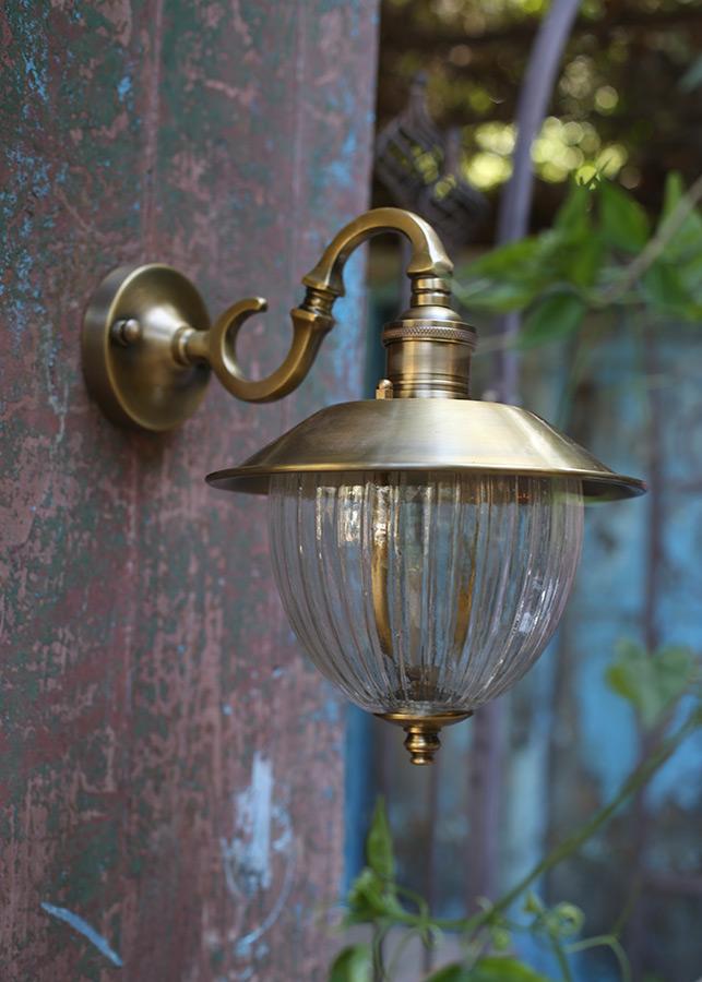 מנורת חוץ פליז דגם B23
