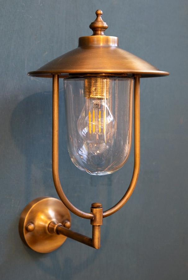 מנורת חוץ פליז דגם B83