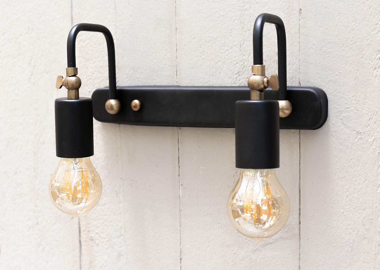 מנורת קיר זוגית דגם BLACK AQUA