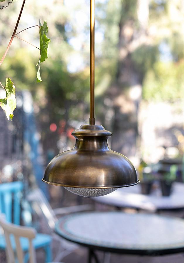 מנורת חוץ פליז דגם 0980