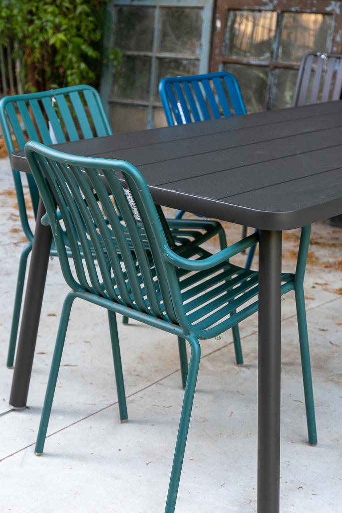 שולחן אוכל אלומיניום לגינה