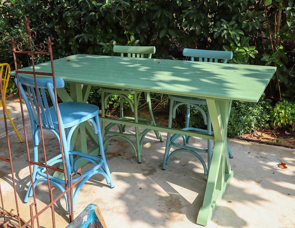 שולחן בר מאלומיניום