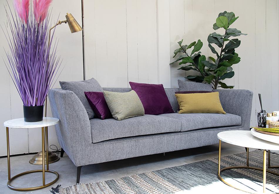 ספה מעוצבת אפורה