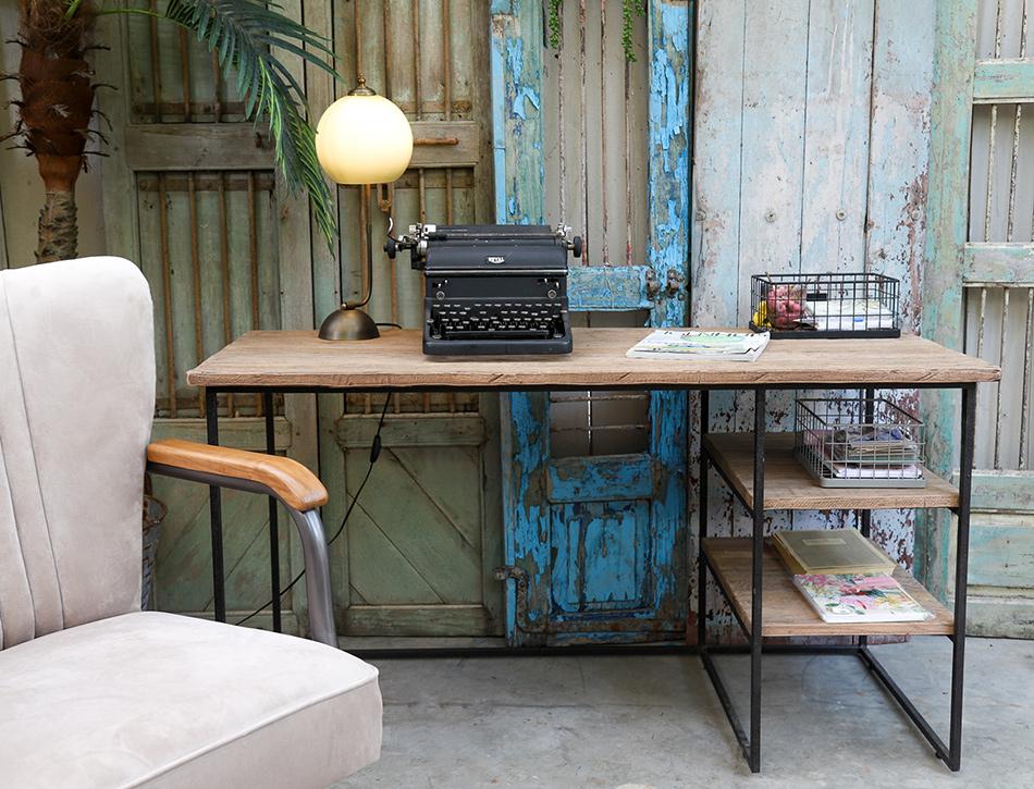 שולחן כתיבה 3 מדפים צ'ארלס