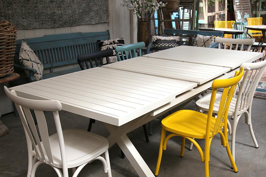 שולחן שמנת נפתח